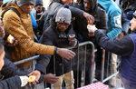 Фотогалерия: Мигранти рискуват живота си в Алпите, за да стигнат до Франция