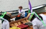 Фотогалерия: Над 300 лодки в надпревара по Темза