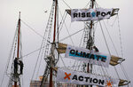 Фотогалерия: Екоактивисти от цял свят се надигнаха в защита на климата