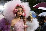 Фотогалерия: Tюл и корони от цветя на Седмицата на модата в Ню Йорк