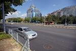 """Фотогалерия: Ремонтираният булевард """"България"""" и новата бус лента"""