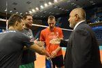 Фотогалерия: Благодарности и подаръци за Борисов на срещата с волейболистите