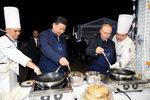Снимка на деня: Руско-китайски палачинки