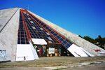 Пирамидата на Енвер Ходжа