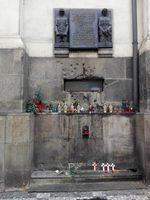 """Читателска фотогалерия: Катедрален храм """"Св. св. Кирил и Методий"""" в Прага"""