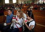 Фотогалерия: Католическата църква благослови животните