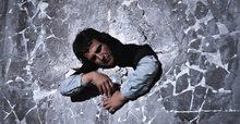 Димитрис Папайоану: Зад стената
