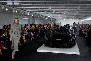 Фотогалерия: Спортни автомобили и есенен шик с Ралф Лорън