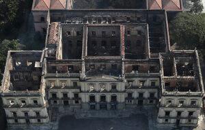 Само метеоритите са оцелели от пожара в Националния музей на Бразилия
