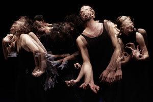 Войната в Сирия, разказана в танц