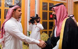 Снимка на деня: Как синът на Хашокжи се озова в двореца на саудитския крал