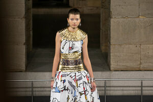 """Фотогалерия: """"Шанел"""" между Египет и Манхатън"""