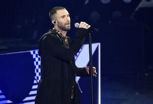 Полемиката за шоуто на почивката на Супербоул приключи с избора на Maroon 5