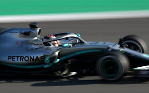 Фотогалерия: Болидите за новия сезон във Формула 1