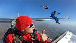 """Снимка на деня: Веселин Овчаров и блаженството на """"офиса в небето"""""""