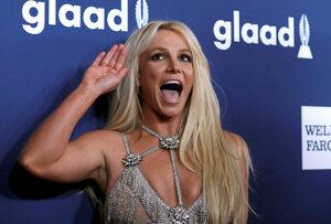 """Бритни Спиърс ще отдели малко """"време за себе си"""" в психиатрично заведение"""