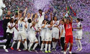 """Фотогалерия: Триумфът на """"Лион"""" в женската Шампионска лига"""
