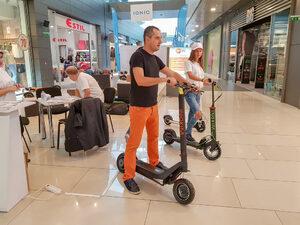 Ще има 200 паркинга за е-тротинетки и велосипеди в центъра на София