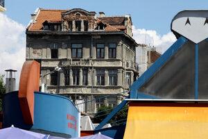Започна реализацията на програмата в помощ на собственици на ценни сгради в София