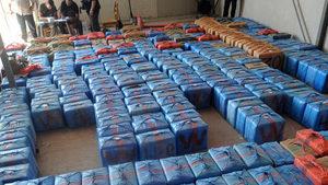 Филипинските власти предупреждават за плаващ кокаин в морето