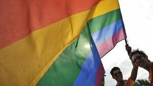 """""""Галъп"""": 78% от българите са против еднополовите бракове"""
