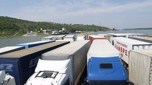 Кратки новини: Фериботът при Свищов временно не работи