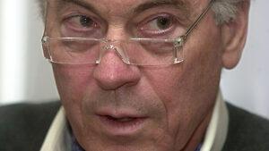 Ако България влезе в еврозоната, ще стане точно като с Гърция, смята Стив Ханке