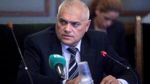 Валентин Радев: Миграционният натиск намаля заради Борисов