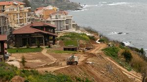 На плажа до Алепу е започнало строителството на ваканционно селище върху 20 дка