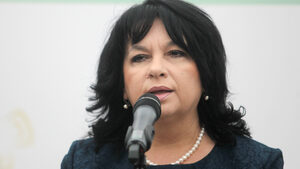 """Кой би отписал с лека ръка платените вече пари за АЕЦ """"Белене"""", попита Теменужка Петкова"""