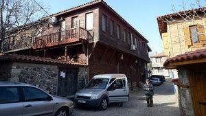 От днес влизането с автомобил в стария град на Созопол ще е безплатно за първите два часа