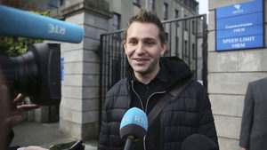 """Австриец подаде жалба срещу """"Инстаграм"""" заради новите правила за личните данни"""