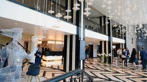 """Първият хотел от веригата """"Интерконтинентал"""" в София залага на български творци"""