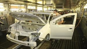 Вредните емисии от производството на автомобили в Европа са намалели с 24% за осем години