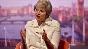 Тръмп посъветвал Мей да съди Евросъюза, а не да преговаря