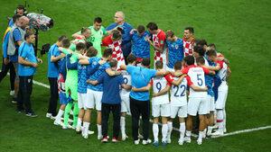 Хърватите отказаха да хвърлят вината върху съдията след загубения финал от Франция