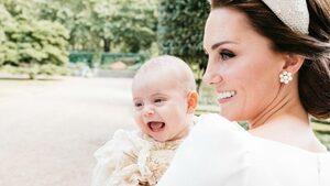 Снимка на деня: Принц Луи за пръв път се усмихна пред обектива