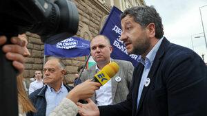 Европа отново показа недоверието си към българските институции, смята Христо Иванов