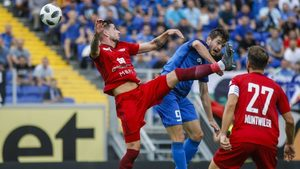 """""""Левски"""" взе горчива победа, но записа срамно отпадане в Европа"""