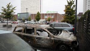 В Швеция за една нощ са били запалени 80 коли