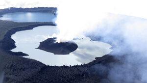 Вануату евакуира цял остров за втори път в рамките на година