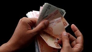 Турция ограничи използването на кредитни карти и потребителски заеми