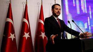 Турция ще свива разходи и инвестиции, обяви финансовият министър