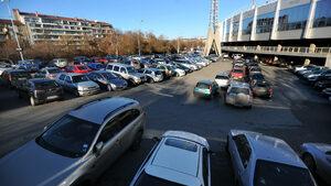 Краят на безплатното паркиране около националния стадион идва в понеделник