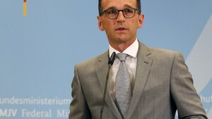 """Полша обяви, че """"Северен поток 2"""" е вреден, Германия не е съгласна"""