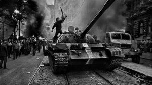 Поуките за мира и сломения дух 50 години след Пражката пролет