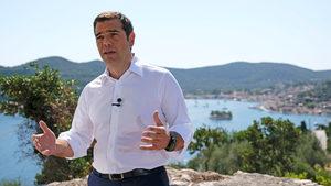 """Ципрас обяви край на """"съвеременната Одисея"""" и начало на """"нов ден"""" за Гърция"""