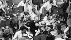 "Софийската филхармония изпраща цигуларя Николай Куманов в зала ""България"""