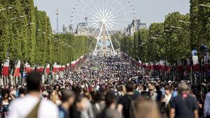 Движението на автомобили е забранено днес в Париж