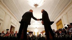 """Полша поиска постоянна американска база, която да кръсти """"Форт Тръмп"""""""